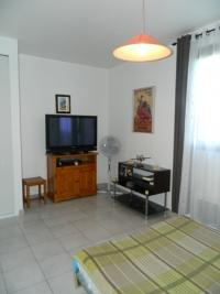 Appartement Toulon &bull; <span class='offer-area-number'>27</span> m² environ &bull; <span class='offer-rooms-number'>1</span> pièce