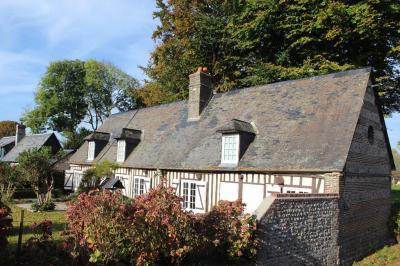 Maison St Martin aux Buneaux &bull; <span class='offer-area-number'>128</span> m² environ &bull; <span class='offer-rooms-number'>6</span> pièces