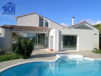 Maison Vendres &bull; <span class='offer-area-number'>135</span> m² environ &bull; <span class='offer-rooms-number'>6</span> pièces