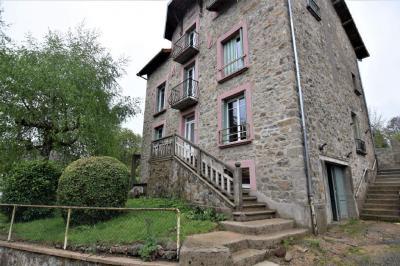 Maison Laroquebrou &bull; <span class='offer-area-number'>211</span> m² environ &bull; <span class='offer-rooms-number'>8</span> pièces
