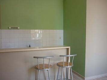 Appartement Perigueux &bull; <span class='offer-area-number'>30</span> m² environ &bull; <span class='offer-rooms-number'>2</span> pièces