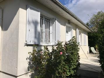 Maison Mareil en France &bull; <span class='offer-area-number'>90</span> m² environ &bull; <span class='offer-rooms-number'>4</span> pièces