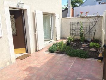 Maison La Courneuve &bull; <span class='offer-area-number'>83</span> m² environ &bull; <span class='offer-rooms-number'>4</span> pièces