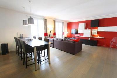 Appartement Paris 02 &bull; <span class='offer-area-number'>85</span> m² environ &bull; <span class='offer-rooms-number'>4</span> pièces