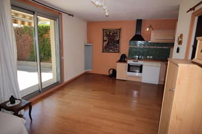 Appartement Divonne les Bains &bull; <span class='offer-area-number'>65</span> m² environ &bull; <span class='offer-rooms-number'>3</span> pièces