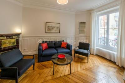 Appartement Neuilly sur Seine &bull; <span class='offer-area-number'>65</span> m² environ &bull; <span class='offer-rooms-number'>3</span> pièces