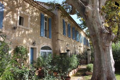 Appartement Graveson &bull; <span class='offer-area-number'>175</span> m² environ &bull; <span class='offer-rooms-number'>5</span> pièces