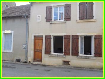 Maison Dun sur Auron &bull; <span class='offer-area-number'>156</span> m² environ &bull; <span class='offer-rooms-number'>5</span> pièces