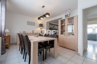 Maison Estaires &bull; <span class='offer-area-number'>79</span> m² environ &bull; <span class='offer-rooms-number'>5</span> pièces