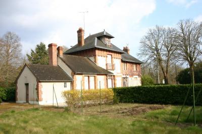 Maison La Ferte St Aubin &bull; <span class='offer-area-number'>300</span> m² environ &bull; <span class='offer-rooms-number'>9</span> pièces