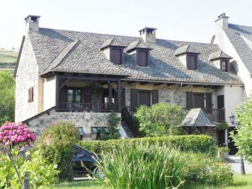Maison St Come d Olt &bull; <span class='offer-area-number'>150</span> m² environ &bull; <span class='offer-rooms-number'>4</span> pièces