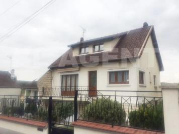 Maison Coubron &bull; <span class='offer-area-number'>90</span> m² environ &bull; <span class='offer-rooms-number'>5</span> pièces
