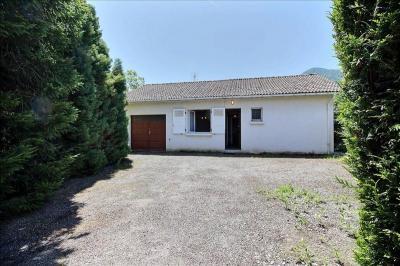 Maison Louvie Juzon &bull; <span class='offer-area-number'>53</span> m² environ &bull; <span class='offer-rooms-number'>2</span> pièces