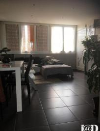 Appartement Yerres &bull; <span class='offer-area-number'>77</span> m² environ &bull; <span class='offer-rooms-number'>5</span> pièces