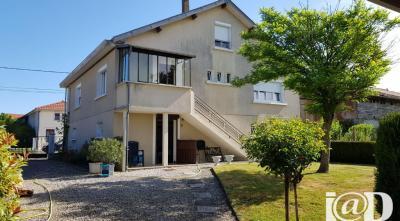 Maison Montier en Der &bull; <span class='offer-area-number'>125</span> m² environ &bull; <span class='offer-rooms-number'>8</span> pièces
