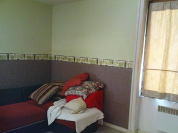 Appartement Vaulx en Velin &bull; <span class='offer-area-number'>34</span> m² environ &bull; <span class='offer-rooms-number'>1</span> pièce