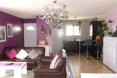 Maison Villemoustaussou &bull; <span class='offer-area-number'>102</span> m² environ &bull; <span class='offer-rooms-number'>4</span> pièces