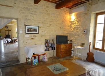Maison Castillon du Gard &bull; <span class='offer-area-number'>112</span> m² environ &bull; <span class='offer-rooms-number'>4</span> pièces