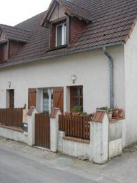 Maison Blois &bull; <span class='offer-area-number'>69</span> m² environ &bull; <span class='offer-rooms-number'>3</span> pièces