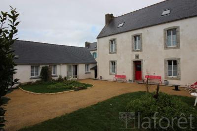 Maison Pouldreuzic &bull; <span class='offer-area-number'>212</span> m² environ &bull; <span class='offer-rooms-number'>10</span> pièces