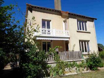 Maison Bourgueil &bull; <span class='offer-area-number'>163</span> m² environ &bull; <span class='offer-rooms-number'>6</span> pièces