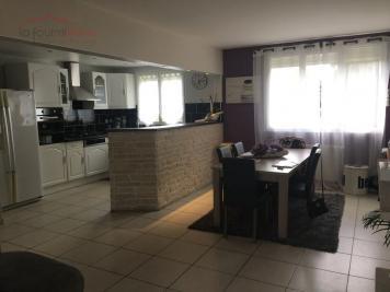 Maison La Queue en Brie &bull; <span class='offer-area-number'>94</span> m² environ &bull; <span class='offer-rooms-number'>4</span> pièces