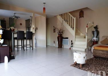 Maison Pomponne &bull; <span class='offer-area-number'>116</span> m² environ &bull; <span class='offer-rooms-number'>4</span> pièces