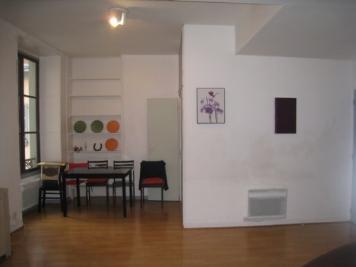 Appartement Pau &bull; <span class='offer-area-number'>32</span> m² environ &bull; <span class='offer-rooms-number'>1</span> pièce