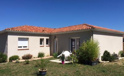 Maison St Clar de Riviere &bull; <span class='offer-area-number'>95</span> m² environ &bull; <span class='offer-rooms-number'>4</span> pièces