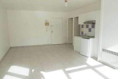 Appartement Montpellier &bull; <span class='offer-area-number'>34</span> m² environ &bull; <span class='offer-rooms-number'>2</span> pièces