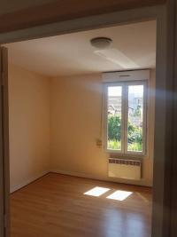 Appartement Gennevilliers &bull; <span class='offer-area-number'>29</span> m² environ &bull; <span class='offer-rooms-number'>2</span> pièces