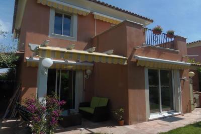 Villa Juan les Pins &bull; <span class='offer-area-number'>155</span> m² environ &bull; <span class='offer-rooms-number'>5</span> pièces