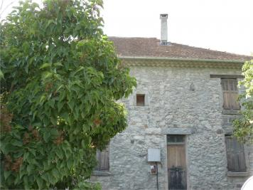 Maison Chorges &bull; <span class='offer-area-number'>300</span> m² environ &bull; <span class='offer-rooms-number'>10</span> pièces