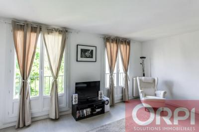 Appartement Chantilly &bull; <span class='offer-area-number'>56</span> m² environ &bull; <span class='offer-rooms-number'>2</span> pièces