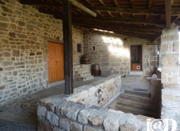 Maison St Julien du Serre &bull; <span class='offer-area-number'>68</span> m² environ &bull; <span class='offer-rooms-number'>3</span> pièces