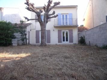 Villa Raphele les Arles &bull; <span class='offer-rooms-number'>5</span> pièces