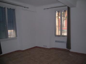 Appartement Aups &bull; <span class='offer-area-number'>65</span> m² environ &bull; <span class='offer-rooms-number'>3</span> pièces