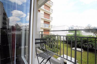 Appartement Paris 13 &bull; <span class='offer-area-number'>34</span> m² environ &bull; <span class='offer-rooms-number'>1</span> pièce