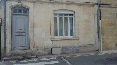 Appartement Castillon la Bataille &bull; <span class='offer-area-number'>32</span> m² environ &bull; <span class='offer-rooms-number'>1</span> pièce