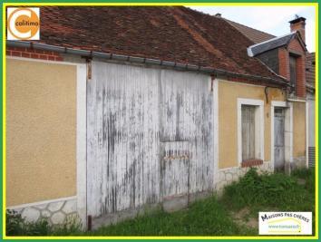 Maison Mehun sur Yevre &bull; <span class='offer-area-number'>30</span> m² environ &bull; <span class='offer-rooms-number'>2</span> pièces