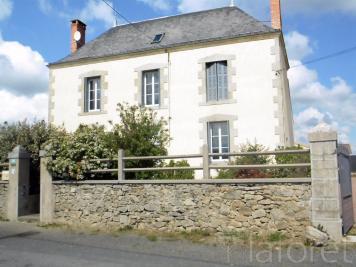Maison St Varent &bull; <span class='offer-area-number'>140</span> m² environ &bull; <span class='offer-rooms-number'>5</span> pièces