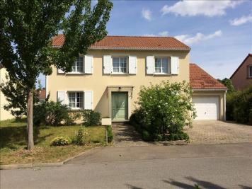 Maison Bousse &bull; <span class='offer-area-number'>140</span> m² environ &bull; <span class='offer-rooms-number'>6</span> pièces