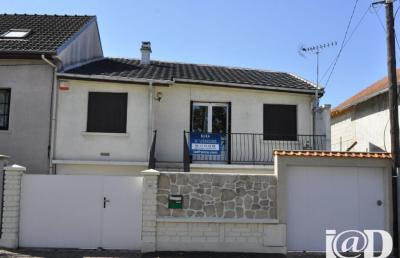 Maison Montgeron &bull; <span class='offer-area-number'>65</span> m² environ &bull; <span class='offer-rooms-number'>3</span> pièces