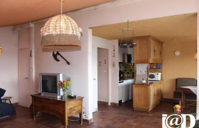 Appartement Auris &bull; <span class='offer-area-number'>44</span> m² environ &bull; <span class='offer-rooms-number'>3</span> pièces