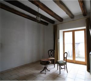 Maison Mehun sur Yevre &bull; <span class='offer-area-number'>40</span> m² environ &bull; <span class='offer-rooms-number'>3</span> pièces