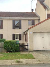Maison Vert St Denis &bull; <span class='offer-area-number'>76</span> m² environ &bull; <span class='offer-rooms-number'>4</span> pièces