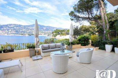 Appartement St Jean Cap Ferrat &bull; <span class='offer-area-number'>117</span> m² environ &bull; <span class='offer-rooms-number'>4</span> pièces