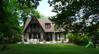 Maison St Sauveur sur Ecole &bull; <span class='offer-area-number'>187</span> m² environ &bull; <span class='offer-rooms-number'>9</span> pièces