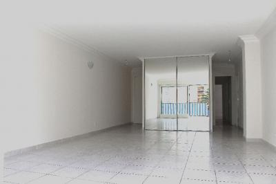 Appartement Cannes &bull; <span class='offer-area-number'>83</span> m² environ &bull; <span class='offer-rooms-number'>3</span> pièces