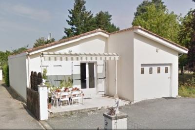 Maison St Seurin sur l Isle &bull; <span class='offer-area-number'>65</span> m² environ &bull; <span class='offer-rooms-number'>3</span> pièces
